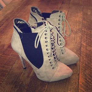 Shoes - Brand new never worn Sam Edelman booties